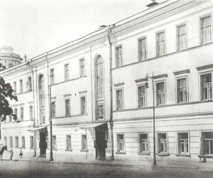 Mokhovaya Street,