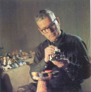 modeller and painter of Kargopol earthenware toys