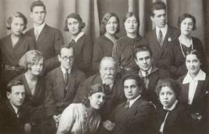 M.M. Ippolitov- Ivanov among the participants of the P.I. Tchaikovsky Opera Studio
