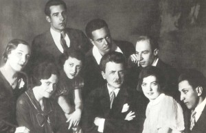 H.G. Neuhaus with his pupils. Standing are: T.D. Gutman, M.V. Milman, A. Klumov. Sitting are: Ye. A. Prokhorova, R. Kaminskaya, E. Khaskina and assistent V.S. Belov (1934).