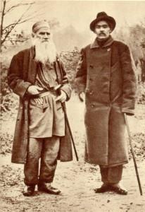 A.M. Gorki and L.N. Tolstoy. Yasnaya Polyana. 1900.