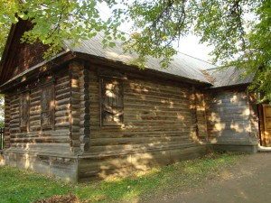 Russian wooden house. 19th century.