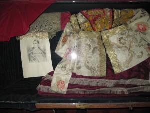 Women's dress. 19th Century