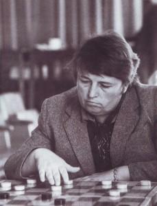 Grossmeisterin Alewtina Lasarenko, siebenfache Landesmeisterin