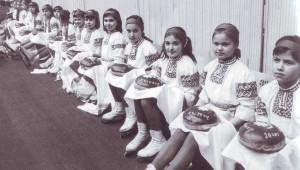 Tradizionelles Brot mit Salz fur Turnierteilnehmer