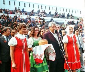 Ivan Zhelezov opens a sports festival.