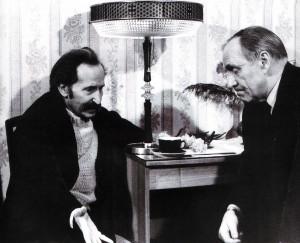 Tief in Gedanken versunken. Jefim Tabatschnikow, Hauptregisseur des Schauspielhauses von Nischni Nowgorod, und Michail Uljanow