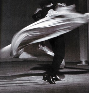 Im Tanzwirbel. Machmud Essambajew