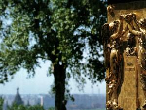 Bronzebasrelief am Denkmal zu Ehren von K. Minin und D. Posharskij