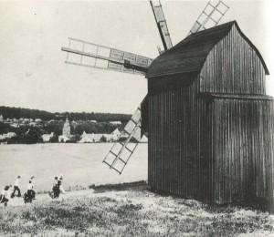 open windmills