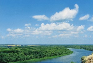Die Aussicht auf den Fluss Don vom hohen linken Ufer. Das Staatliche Museum -  Naturschutzgebiet namens M. A. Scholochow