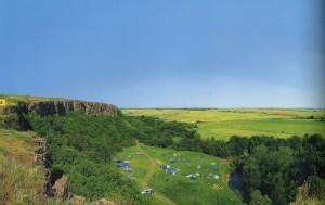 Das Rundbild der Felsenstrecke nahe an der Siedlung Sajtsewka