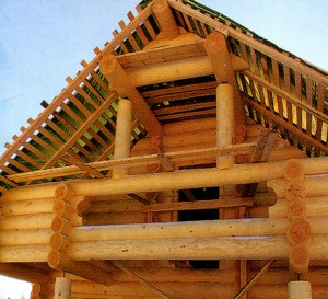 Roof lining in a wooden house