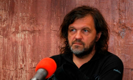 Filmmaker Emir Kusturica injured in car accident in Serbia